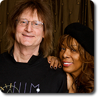 John Anderson and Donna Summer